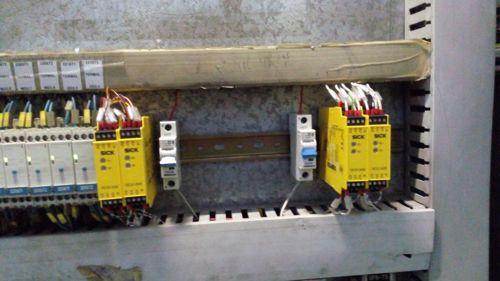 اتوماسیون صنعتی - نصب رله ایمنی
